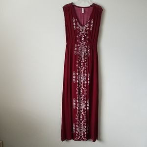 Xhilaration Burgundy Boho Print Maxi Dress M